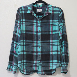 AEO Long Sleeve Button Down Flannel